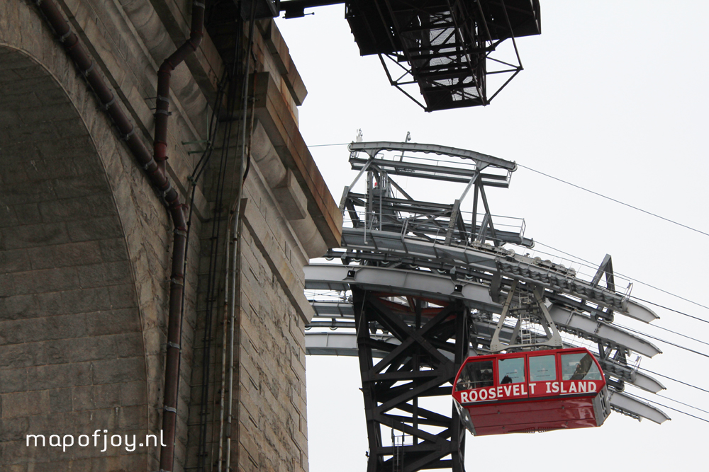 Tramway Roosevelt Island, must do in New York, travel report - Map of Joy