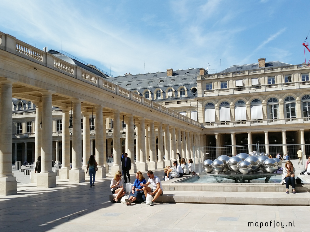 palais-royal-paris-map-of-joy10