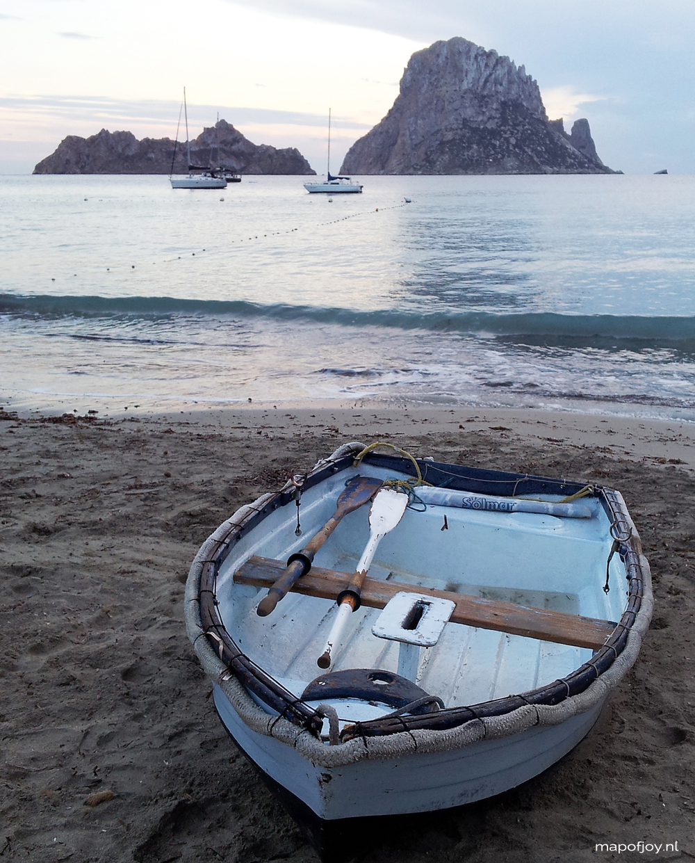 Cala d'Hort, beautiful beach, Ibiza, Spain - Map of Joy