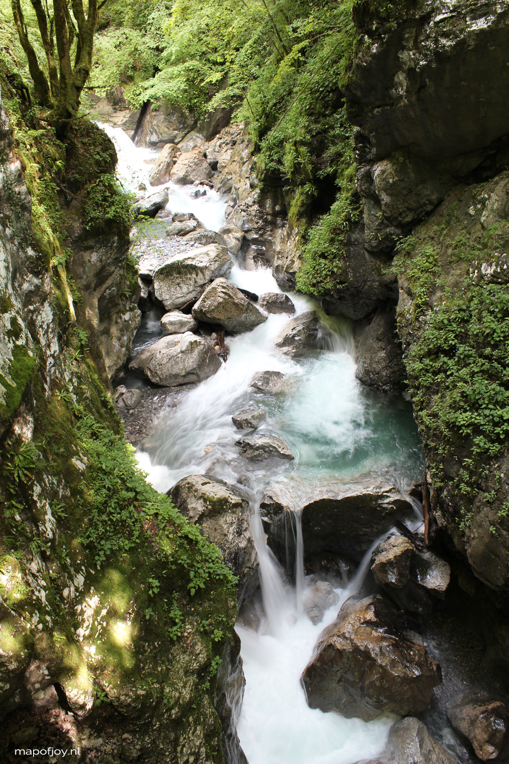 Tolmin Gorge, Slovenia hiking through, travel report by Map of Joy