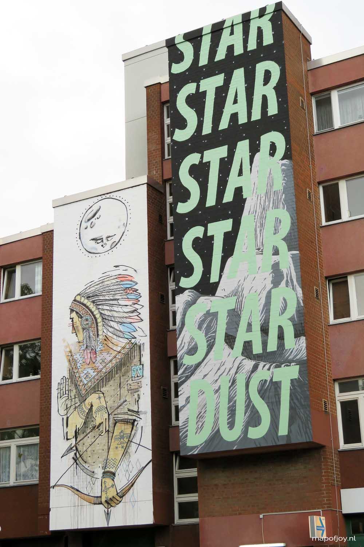 Street art, Berlin, Bülowstrasse. Find out what the best street art spots are in Berlin, London and Lisbon - Map of Joy
