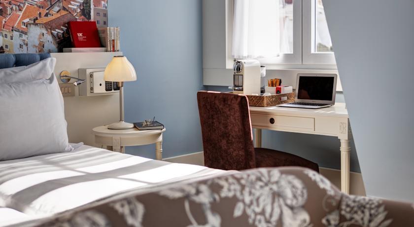 28x goedkoop en bijzonder slapen in Lissabon, LX Boutique Hotel - Map of Joy