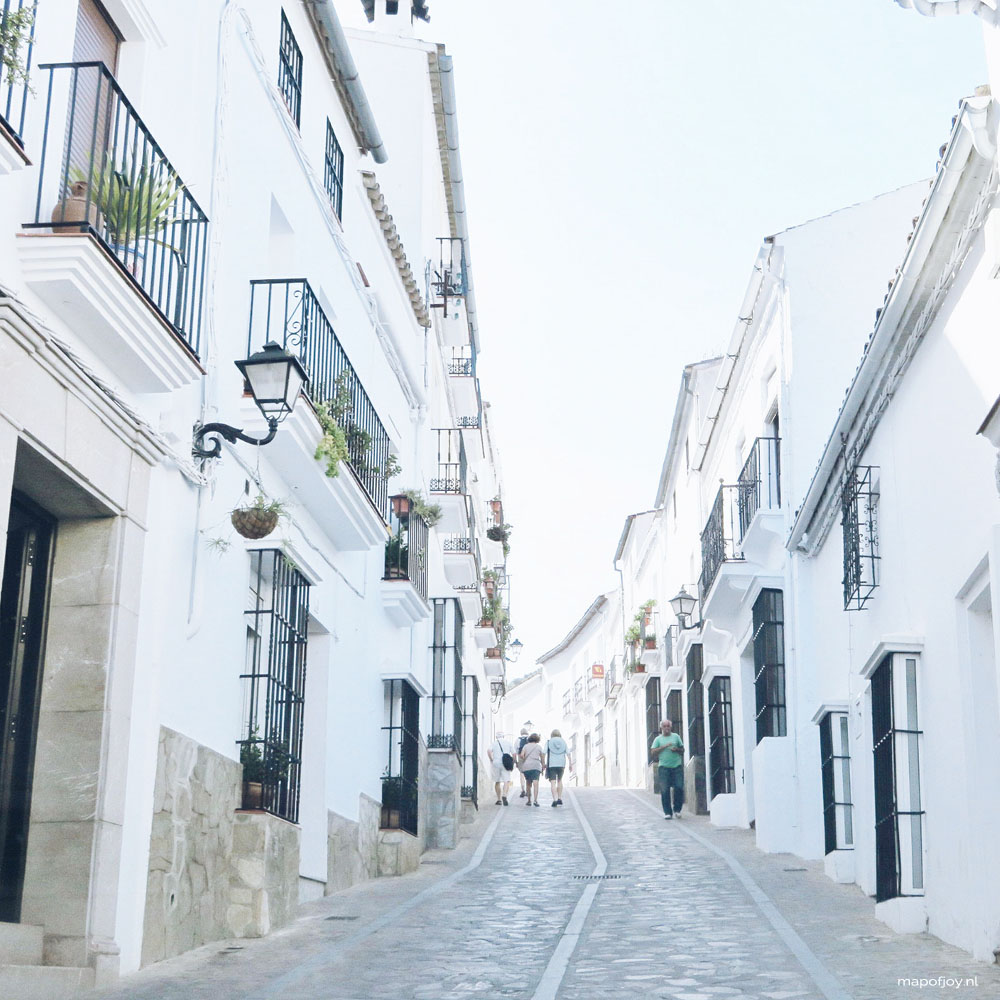 Zahara de la Sierra, Andalusia, Spain - Map of Joy
