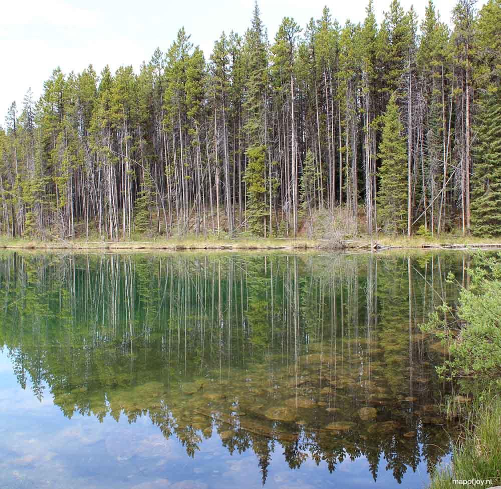 Herbert Lake, Alberta, Canada - Map of Joy