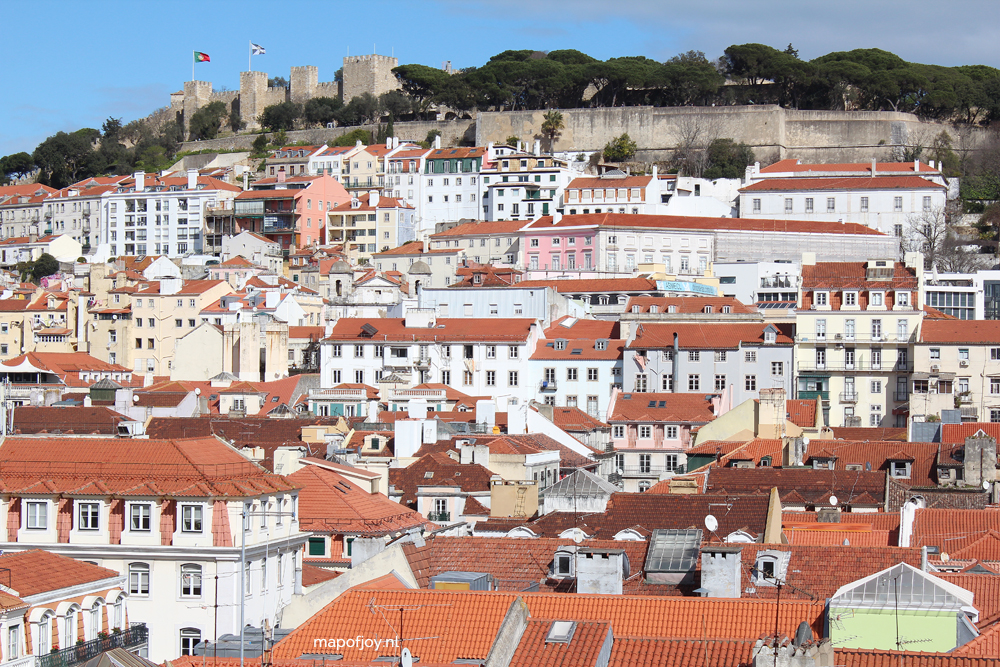 Lissabon uitzicht over Alfama - Map of Joy