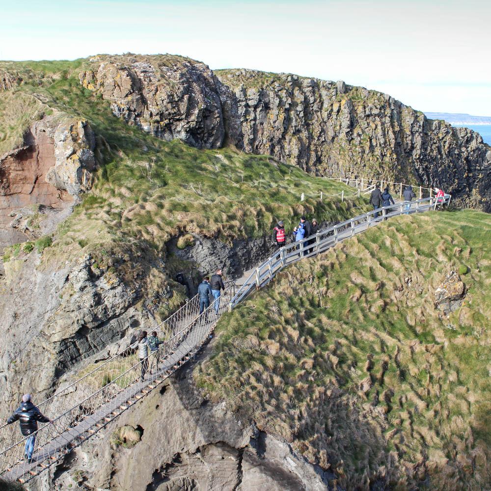 Onvergetelijk: wandel in Noord-Ierland over de Carrick-a-Rede touwbrug