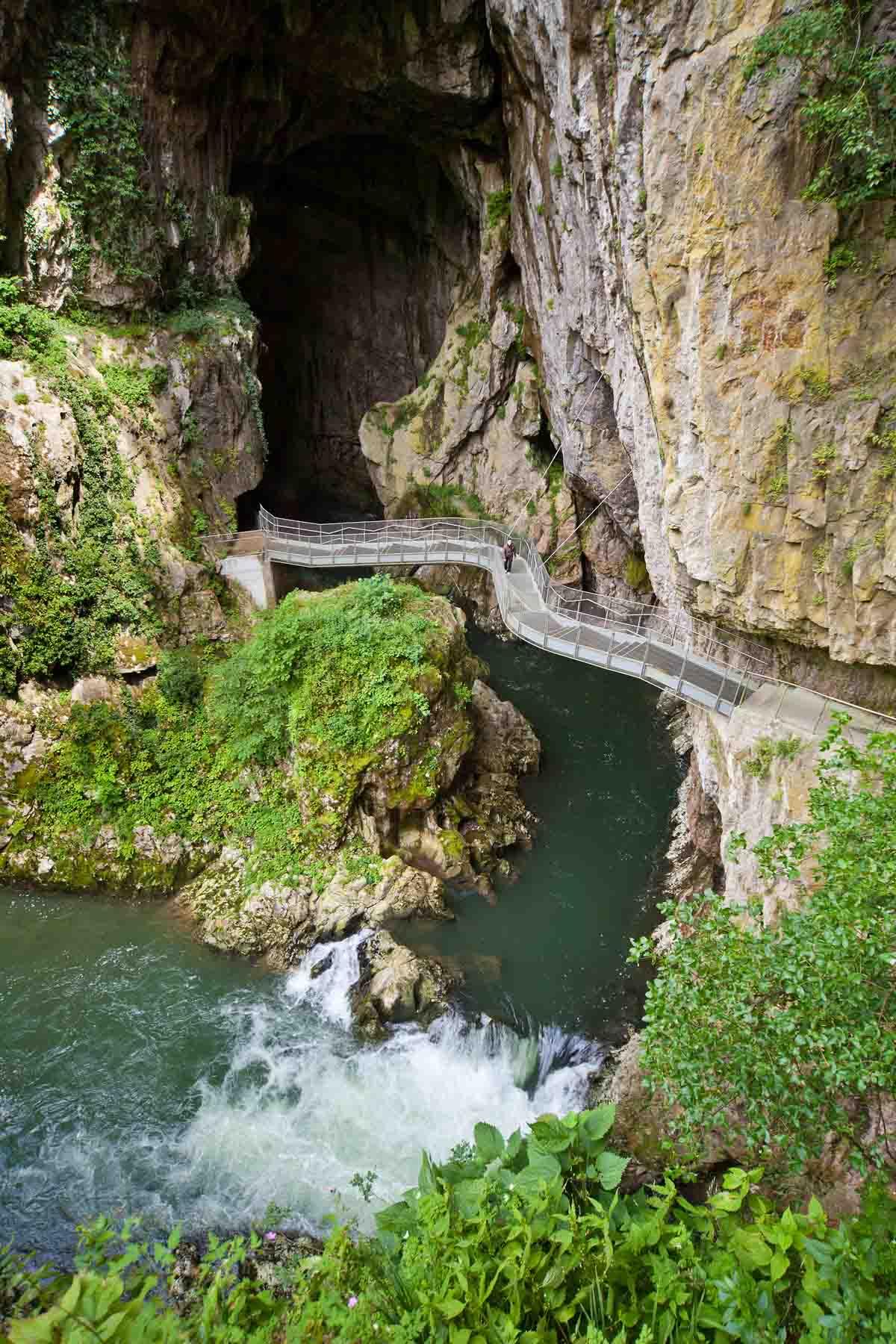 6x wandelen, fietsen of kajakken in de mooiste grotten van Slovenië, Skocjan grotten - Map of Joy