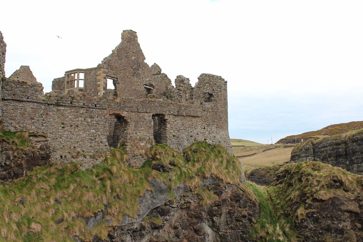 Dunlace Castle, de mooiste bezienswaardigheden van de Causeway Coastal Route [roadtrip route] - Map of Joy