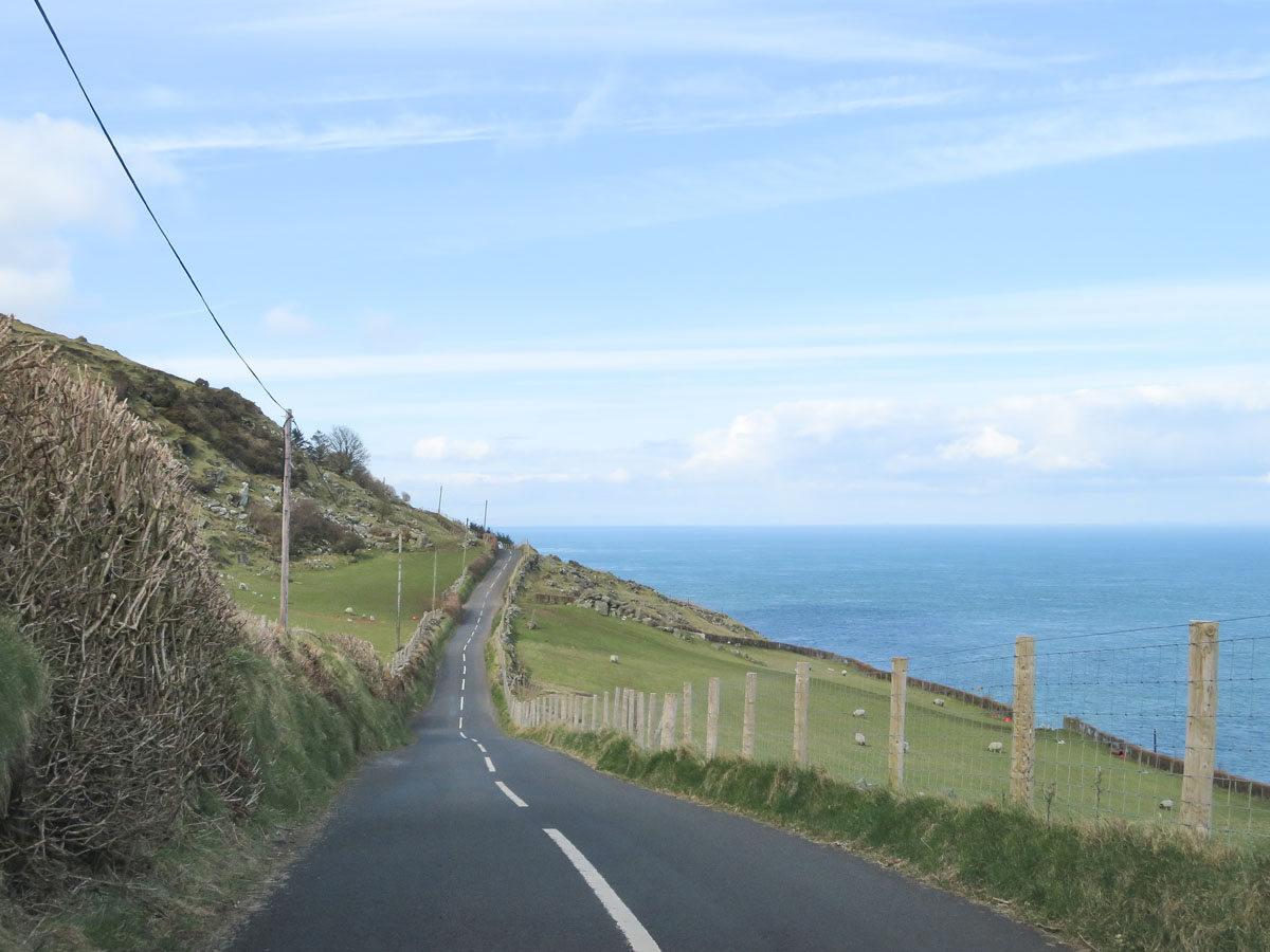 Toor Road, de mooiste bezienswaardigheden van de Causeway Coastal Route [roadtrip route] - Map of Joy
