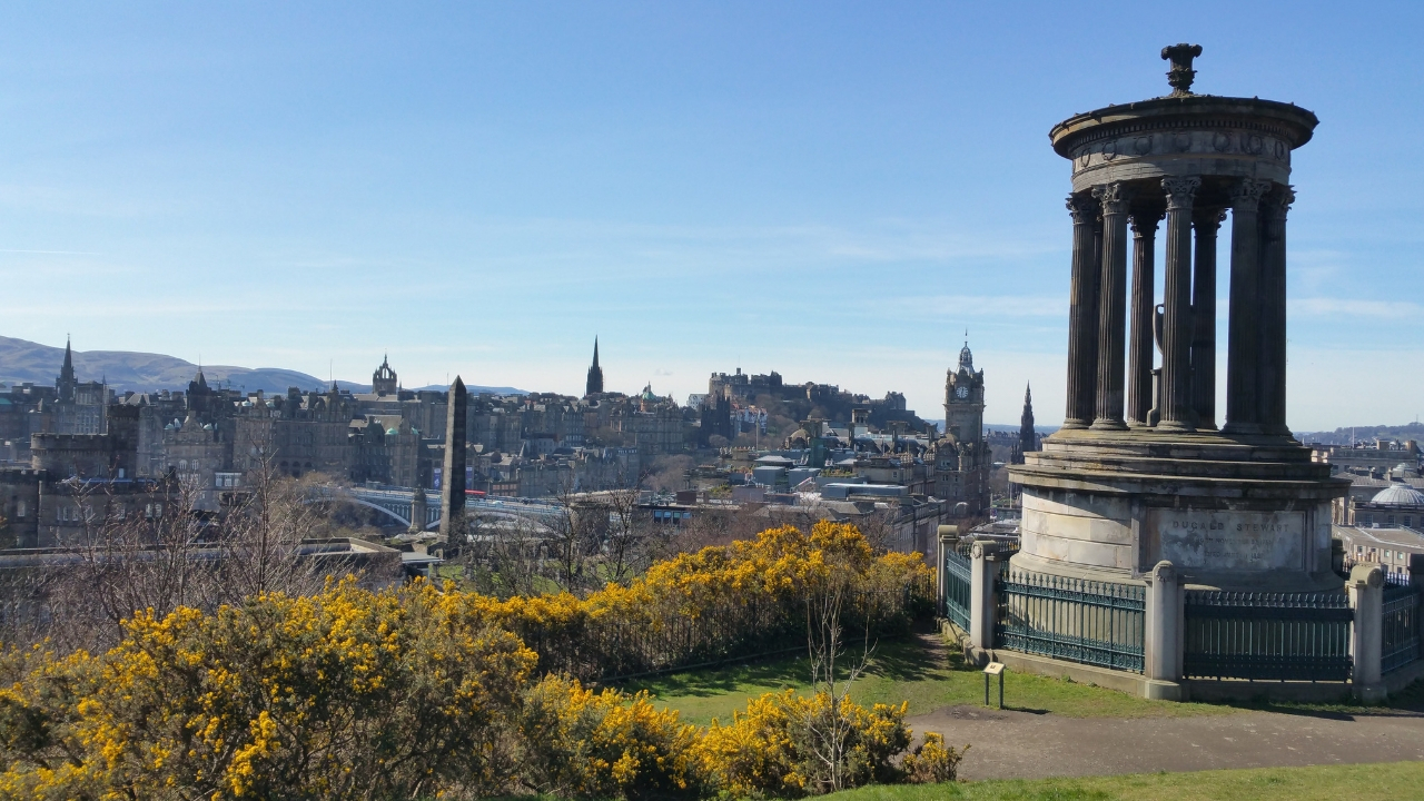 Calton Hill, 15x doen in Edinburgh - Map of Joy