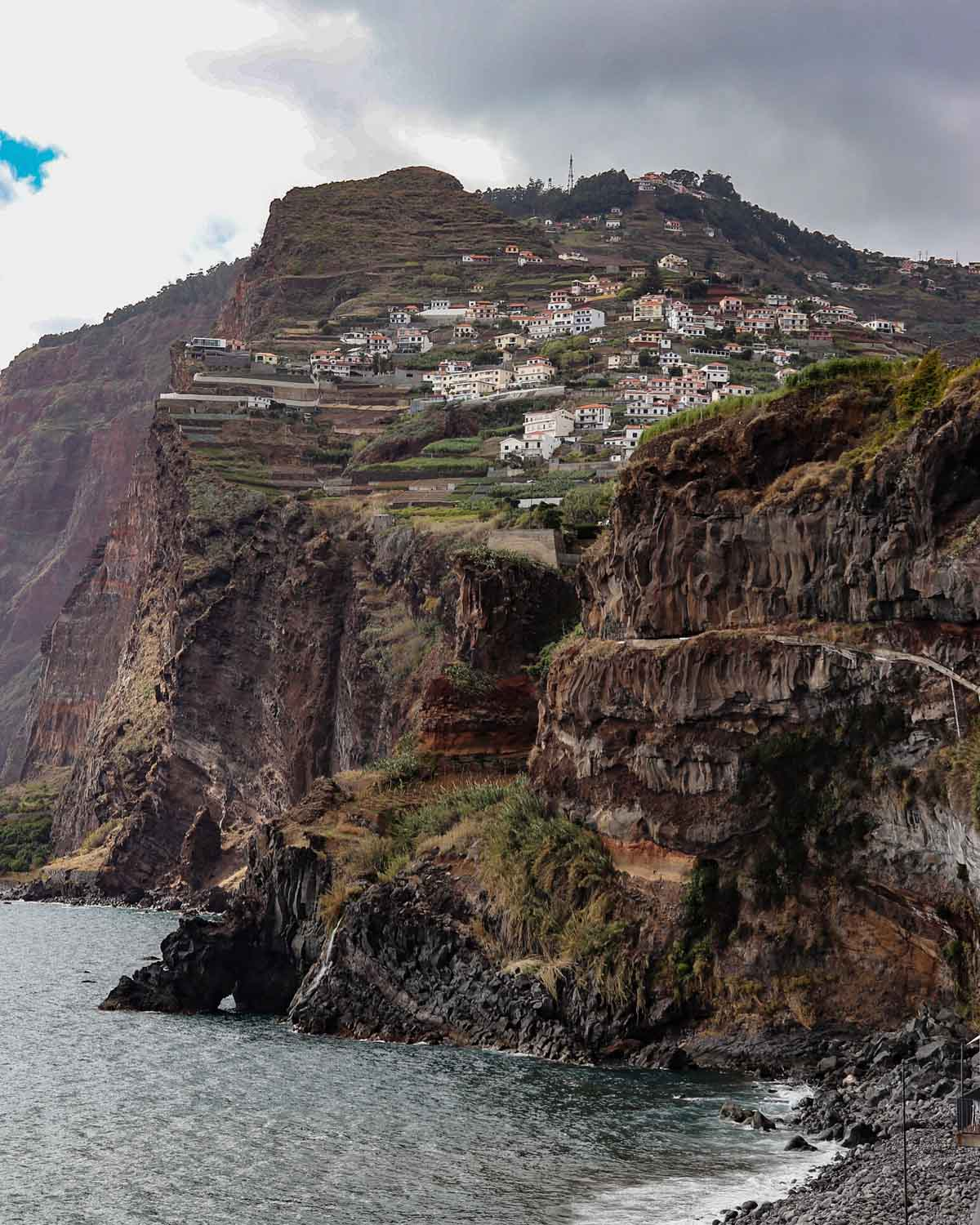 Mooiste bezienswaardigheden op Madeira [roadtrip route], Camara de Lobos  - Map of Joy
