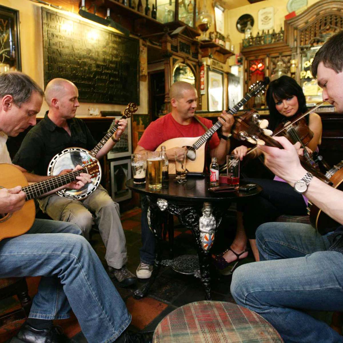 5x de leukste, traditionele pubs in Belfast [met livemuziek], Duke of York - Map of Joy