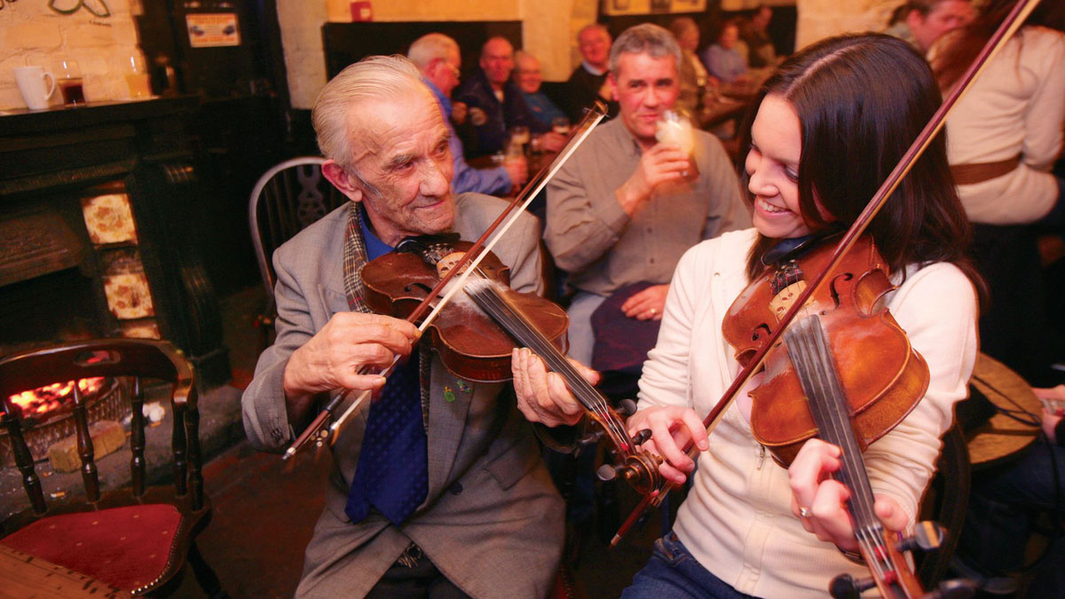 5x de leukste, traditionele pubs in Belfast [met livemuziek] - Map of Joy