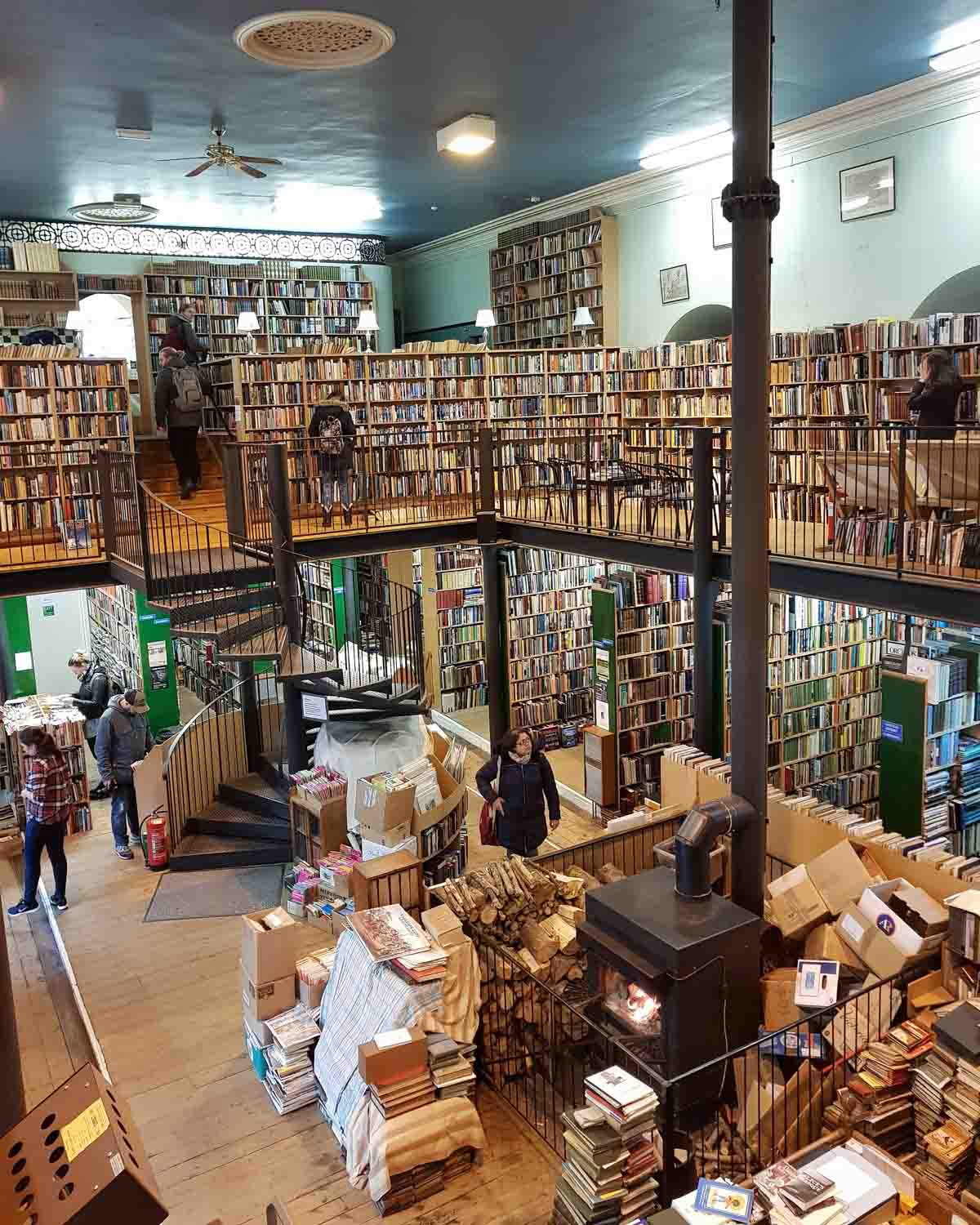 De leukste dingen om te doen in en rond Inverness, Leakey's Bookshop - Map of Joy