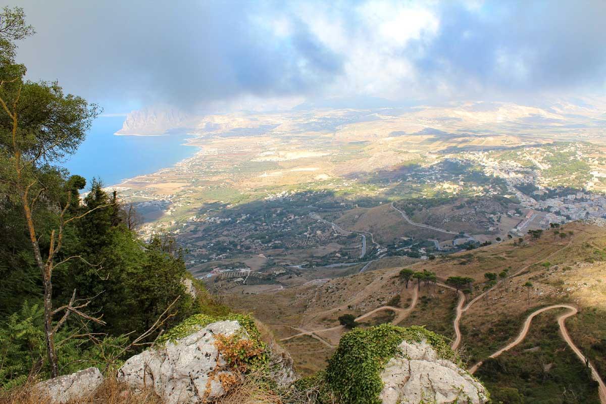 De mooiste plekken van Noord-Sicilië [roadtrip route], Erice - Map of Joy
