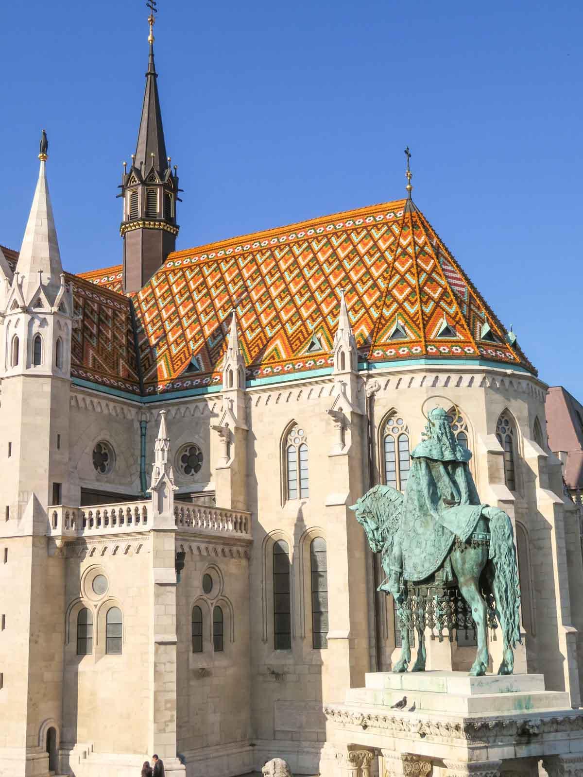 20x de allerleukste dingen om te doen in Boedapest, Parlementsgebouw, Matthiaskerk - Map of Joy