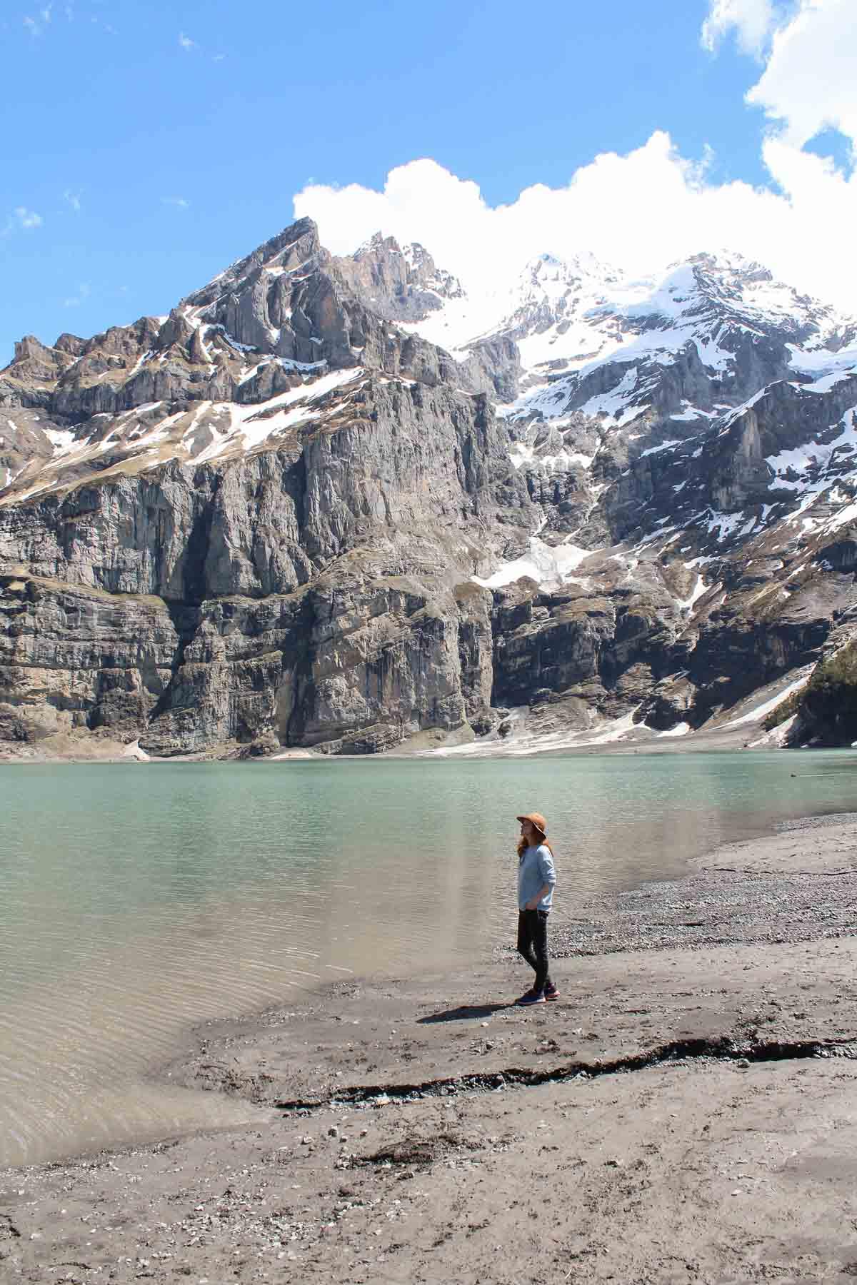 Prachtige, makkelijke wandeling in Kandersteg door de bergen, Oeschinensee Meer - Map of Joy
