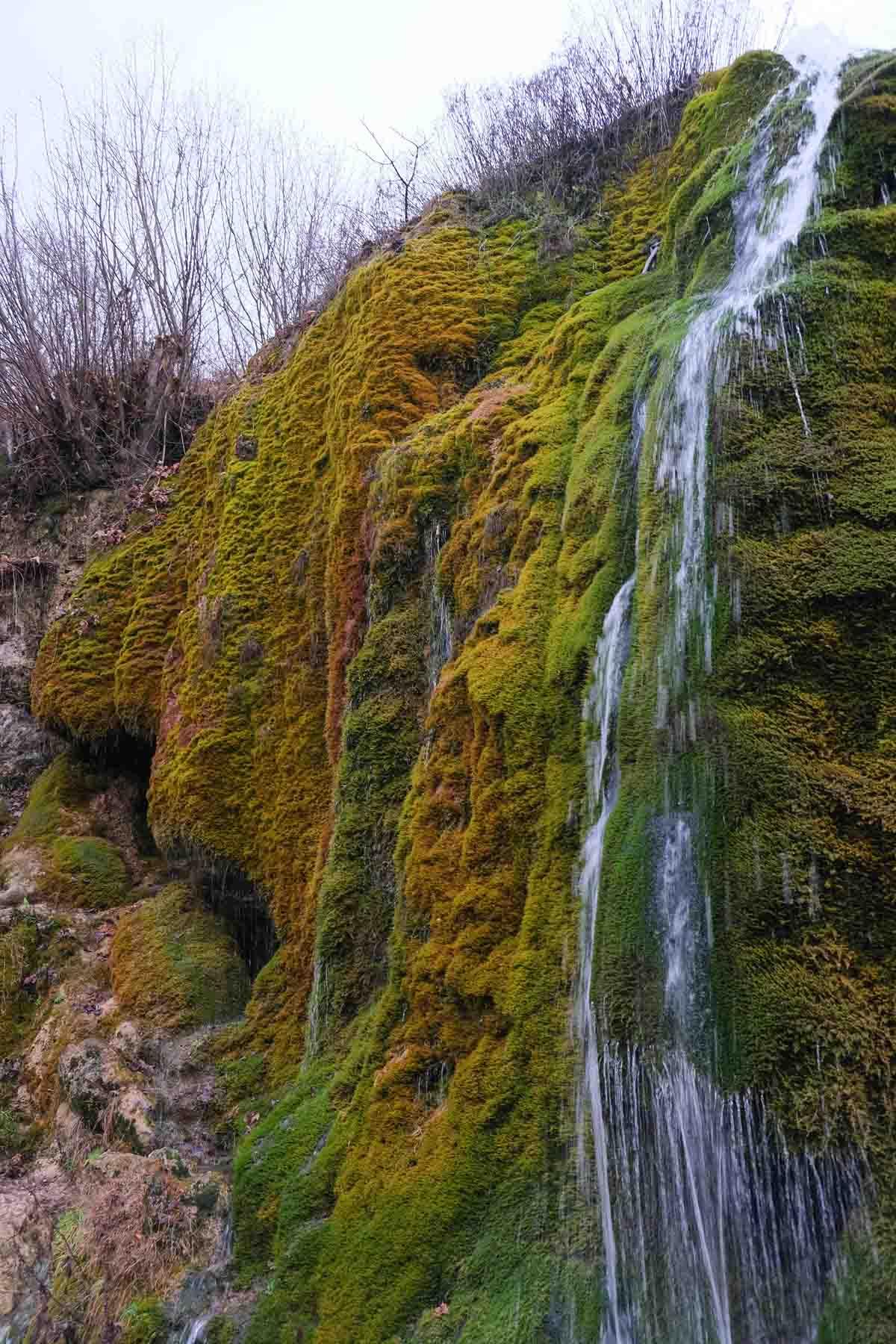 Wandelen in de Eifel bij de Dreimühlen waterval
