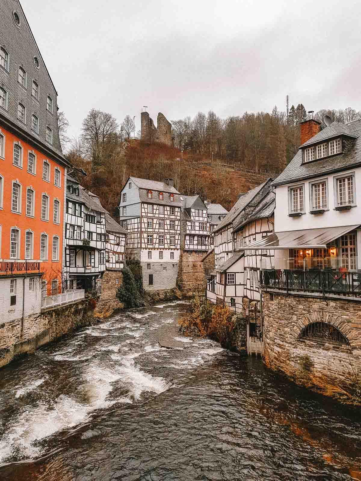 8x de mooiste roadtrips door Duitsland, Eifel Monschau