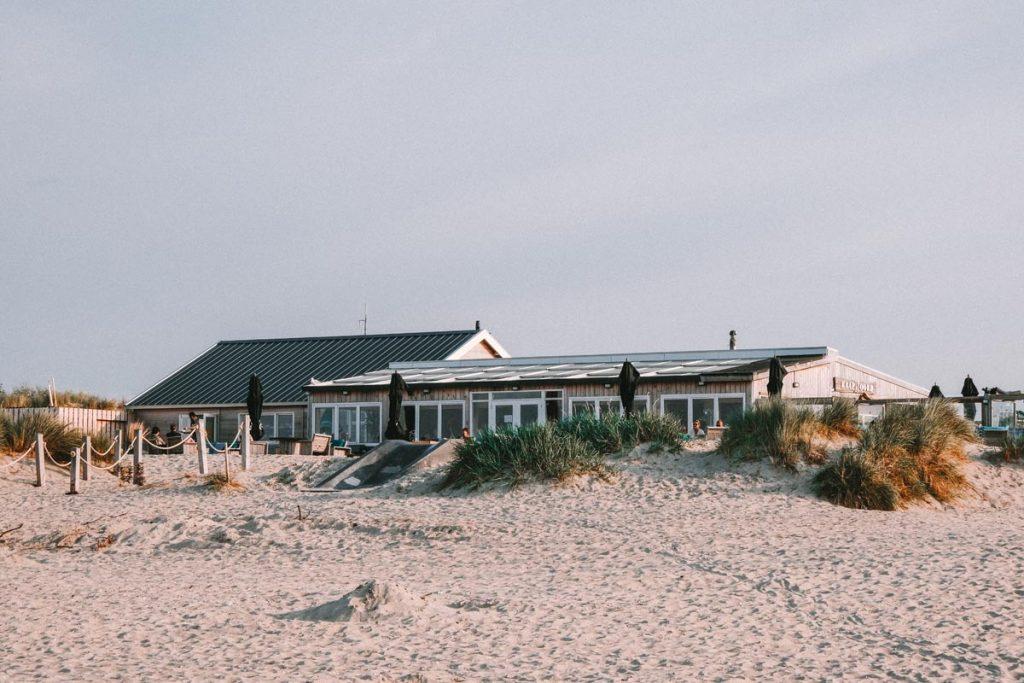 25x de leukste dingen om te doen op Texel, Strandpaviljoen Kaap Noord
