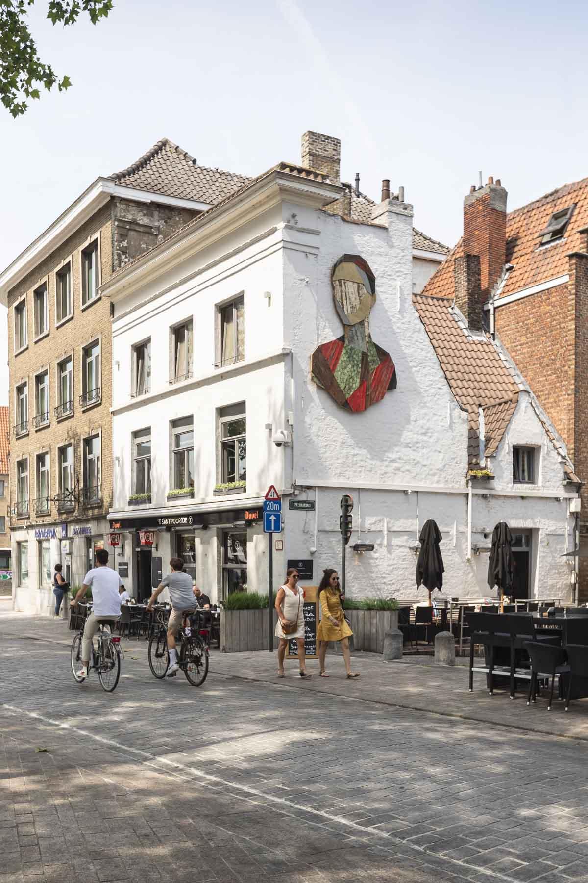 De leukste dingen om te doen in Brugge in de zomer, street art