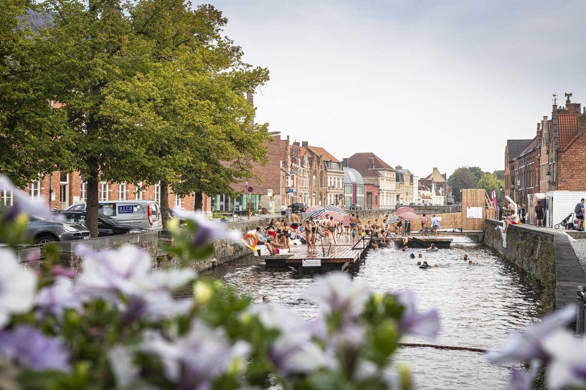 De leukste dingen om te doen in Brugge in de zomer, zwemmen in de reien