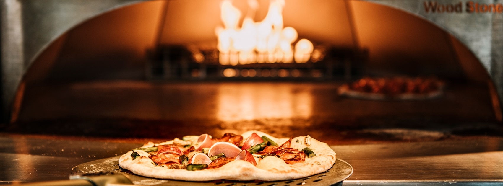 eten en drinken in Almere-Centrum, Woodstone Pizza & Wine